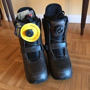 Frye x Burton Snowboard Boots